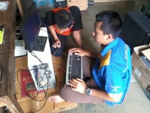Praktek di STIKOM Surabaya